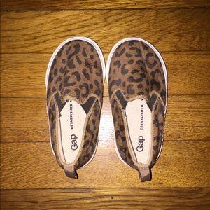 Toddler Girl Size 7 - Gap leopard shoes